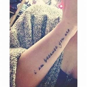 Tatouage Arriere Bras : tatouage phrase sur le cote de l avant bras ink pinterest avant bras les cotes et tatouages ~ Melissatoandfro.com Idées de Décoration
