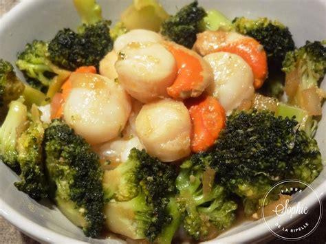 cuisiner brocolis frais brocolis et jacques sautés au gingembre la
