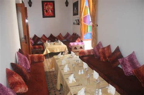 salle a manger marocaine la salle 224 manger marocaine picture of restaurant des reves essaouira tripadvisor
