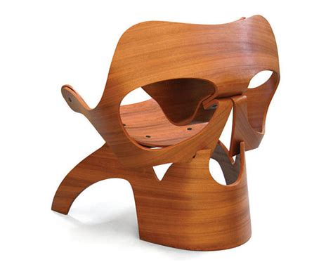 skull chair  dutch architect vladi rapaport captivatist
