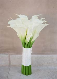 12 popular wedding flowers ceremony flowers bouquets