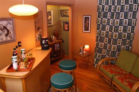 Living Room Bar Aloha by 21 Best Vintage Hawaiian Pin Up Images On