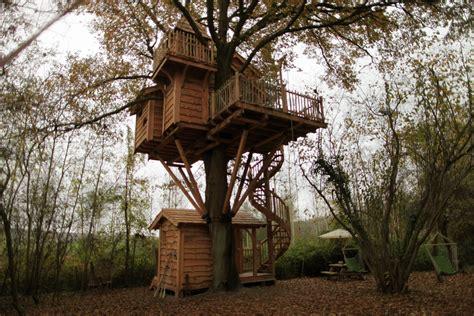 construire sa cuisine d été cabane des merveilles nidperché constructeur de cabane