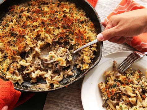 cast iron cooking crispy baked pasta  mushrooms