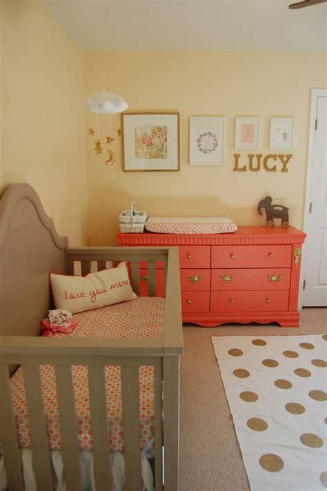 chambre bébé baby décoration chambre bébé corail chambre de bébé