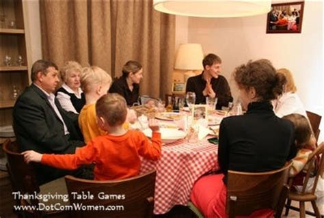 Thanksgiving Dinner Table Games & Activities  Dot Com Women
