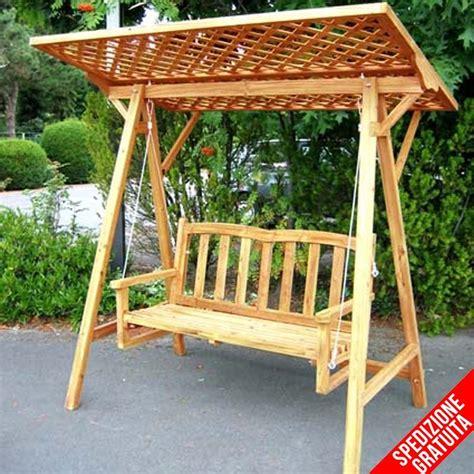 immagini panchine dondolo da giardino in legno a 2 posti con tettoia in