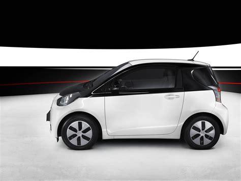 Toyota Elbil 2020 by 2013 Toyota Iq Ev News And Information Conceptcarz