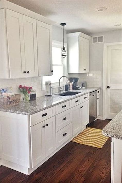 Small White Kitchen Ideas by Best 25 Tri Level Remodel Ideas On Tri Split