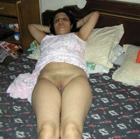 sex images relay indian aunty nude naked photos old mom pussy porn pictures porn pics by the