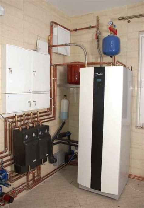 Потребность в тепловой энергии на горячее водоснабжение здания