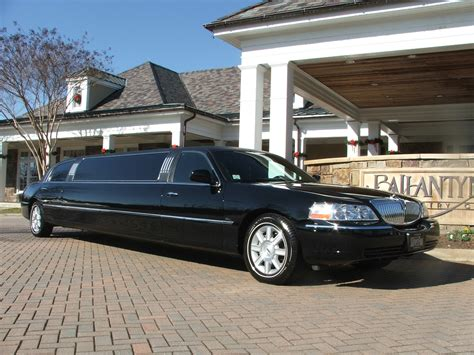 Lincoln Limo by Silverfox Limos Lincoln Limos Hummer Limos Chauffeured