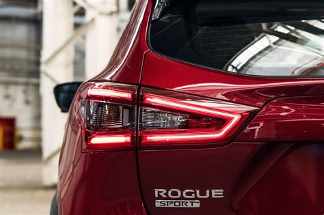nissan rogue sport deals prices incentives leases