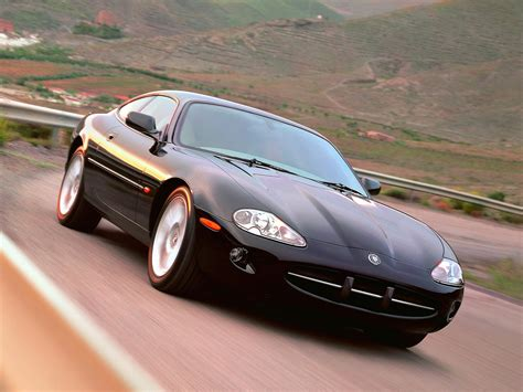 Jaguar XK8 1996 - Mad 4 Wheels