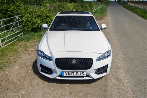 jaguar xf  sumptuous luxury    engines