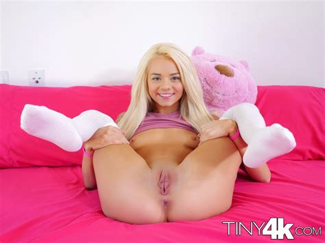 Petite Blonde With Big Pussy Lips Getting Fucked At Brdteengal
