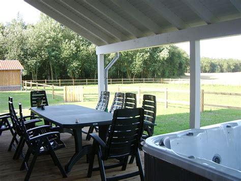 terrasse mit pool landhaus am baumweg wildeshauser geest frau gabriele behnke