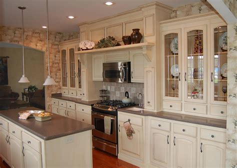Hearth Wall   Galley ? Pleasant Valley Homes