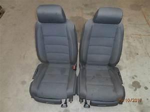 Golf 1 Sitze : sitze frontsitze fahrersitz beifahrersitz 1k4881105 vw ~ Kayakingforconservation.com Haus und Dekorationen