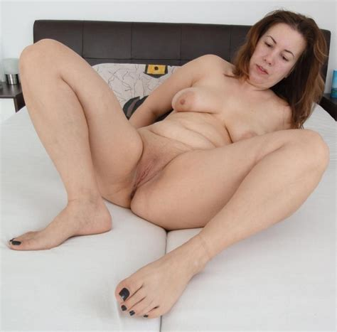 Chubby Mature Ass Pussy Feet Spread Toes New Porn