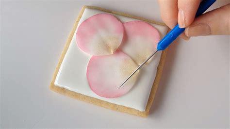 how to make fondant how to make fondant rose petal cookiessweetambs