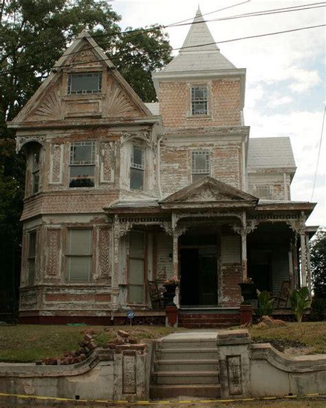 Abandoned House In Natchez, Mississippi Abandoned