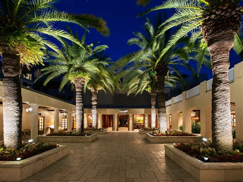 lodge cheeca spa florida hotel islamorada keys cntraveler bar hotels pool nast resorts traveler conde resort