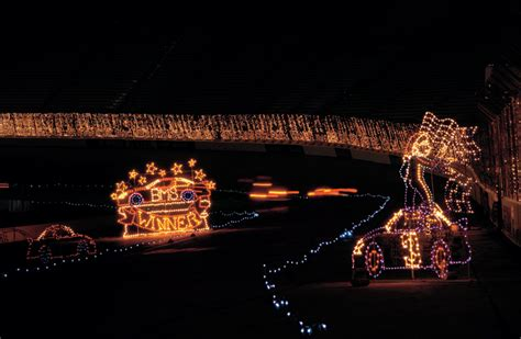 bristol christmas lights bristol speedway lights up nights tennessee home and farm