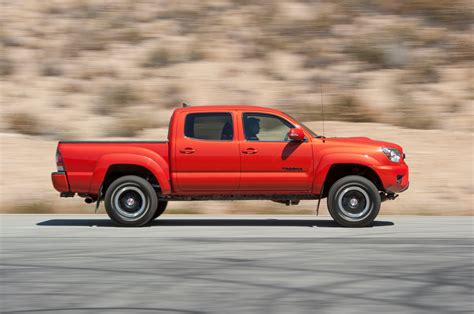 Tacoma Toyota 2015 by Toyota Hilux Spied Could Preview New Toyota Tacoma