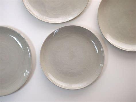 keramik geschirr handgemacht stoneware plates dinner set glazed in grey ceramic plate pottery handmade stoneware
