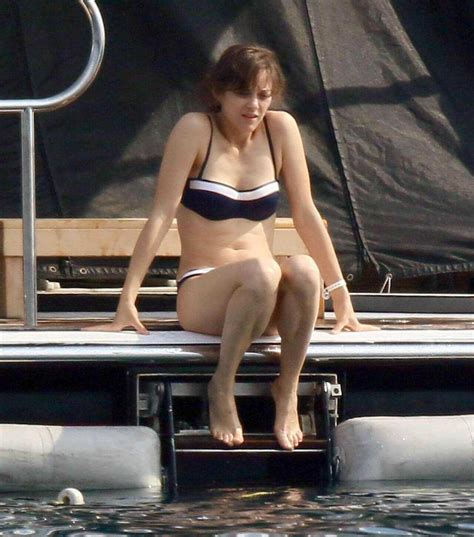 marion cotillard sexy pictures   astonishing