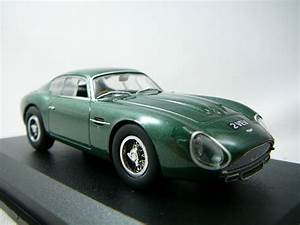 Aston Martin Miniature : miniature aston martin db4 gt zagato 1962 oxford ~ Melissatoandfro.com Idées de Décoration