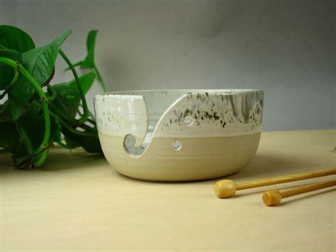 Keramikas kamolu trauks