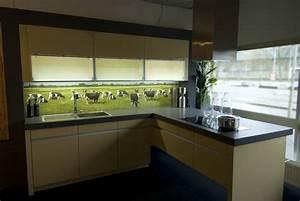 Arbeitsplatte Küche Verlängern : dekorative k chenr ckw nde f r die selbstmontage ~ Markanthonyermac.com Haus und Dekorationen