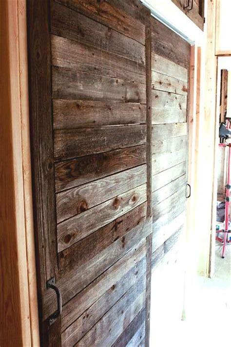 puertas espectaculares hechas  madera de palet