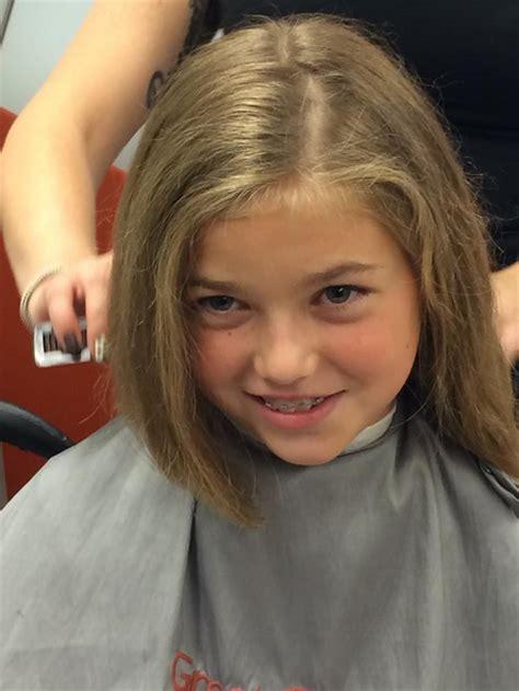coupe de cheveux fille  ans