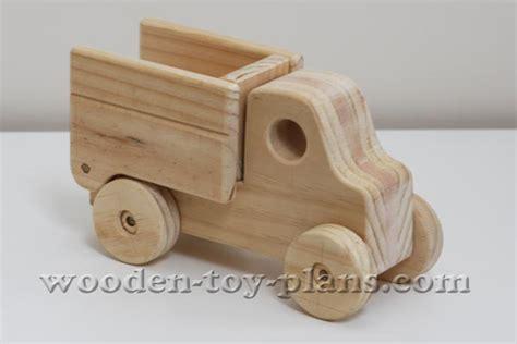 wooden truck plans  plans fun  build