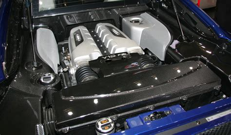 audi r8 motor file audi r8 v10 engine room jpg wikimedia commons