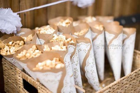 diy bastelideen mit tortenspitze celebrate vintage hochzeit hochzeit deko