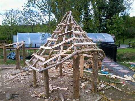 Carpentry - Thatching Services