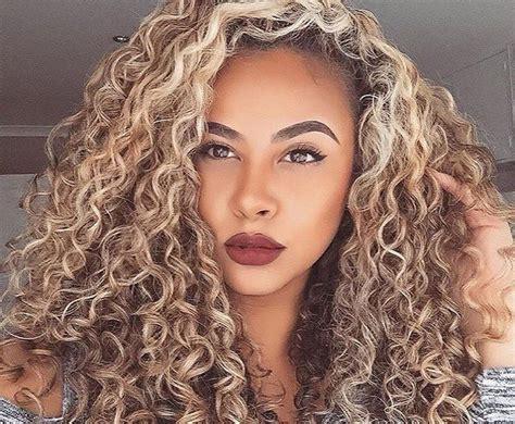 Best 25+ Highlights Curly Hair Ideas On Pinterest