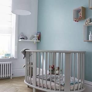 Deco Chambre Bebe Bleu : peinture chambre b b 7 conseils pour bien la choisir ~ Teatrodelosmanantiales.com Idées de Décoration