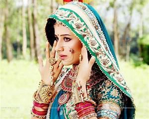 Paridhi Sharma - plays Jodha in Indian serial Jodha Akbar ...