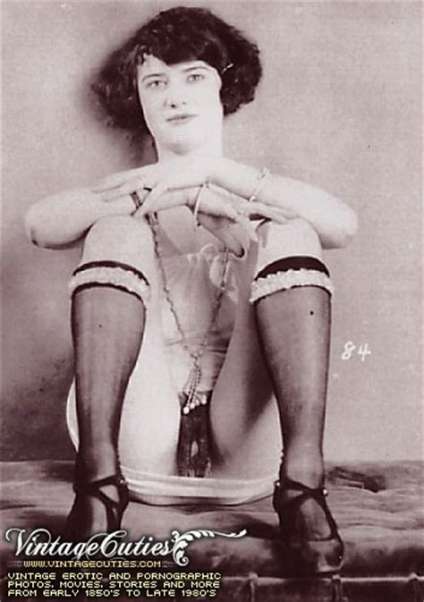Sexy Naked Beauty In Vintage Photos In Porno Of Year 1920