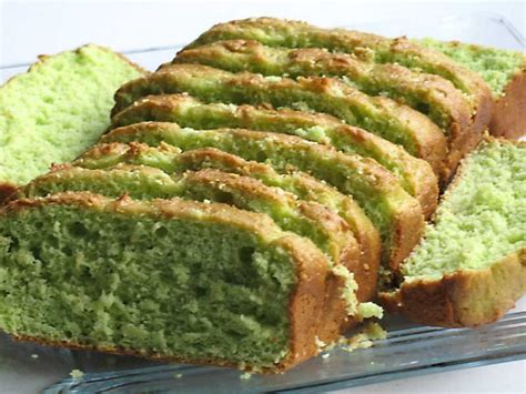 pistachio bread  yellow cake mix  eggs   oil