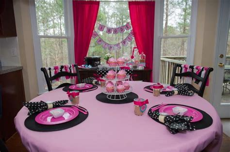 baby shower table setting ideas pink pig party baby shower ideas themes games