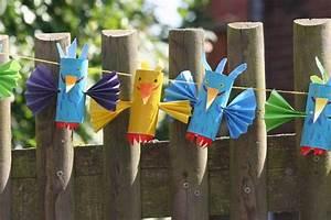 Vögel Basteln Zum Aufhängen : basteln mit kindern kostenlose bastelvorlage basteltipps f r den kindergeburtstag vogel girlande ~ A.2002-acura-tl-radio.info Haus und Dekorationen