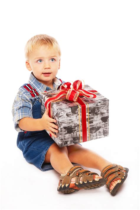 best birthday and christmas gift ideas for a three year