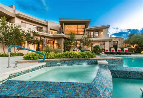 Las Vegas luxury homes not complete without elaborate ...