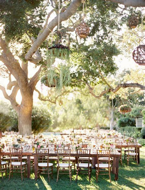 i had to reblog this beautiful outdoor wedding